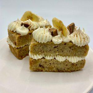 Banana toffee cakes